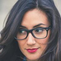 Cewek berkacamata. (Sumber foto: Pexels.com)