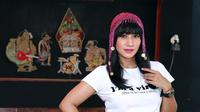 Foto profil Cut Memey (Deki Prayoga/bintang.com)