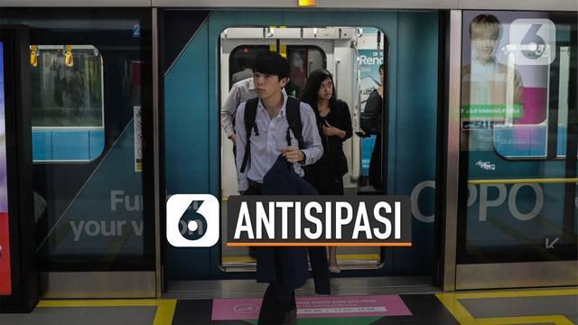 Sejumlah transportasi umum di Jakarta melakukan beberapa langkah untuk mencegah penyebaran virus corona atau covid-19.