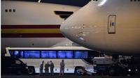 Pesawat yang membawa warga AS dari kapal pesiar Jepang The Diamond Princess telah meninggalkan Jepang. (Source: AFP)