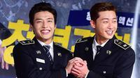 Park Seo Joon dan Kang Ha Neul. (Sumber: Soompi)