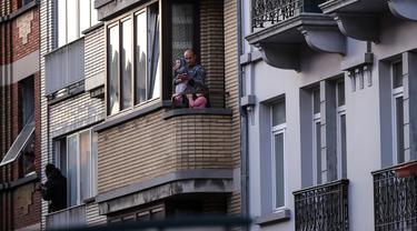 FOTO: Penghormatan Warga Brussel untuk Petugas Garis Depan Lawan COVID-19