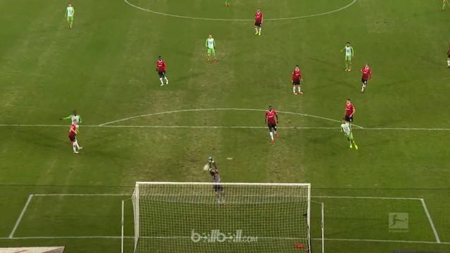 Yunus Malli bawa Wolfsburg untuk sementara keluar dari zona degradasi usai tembakan kerasnya di menit ke-72 jadi penentu kemenanga...