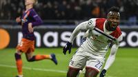 Maxwel Cornet mencetak dua gol ke gawang Manchester City. (AFP/Jeff Pachoud)