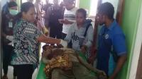 Perjuangan pria Kupang yang selamat dari gigitan buaya ganas. (Liputan6.com/ Ola Keda)