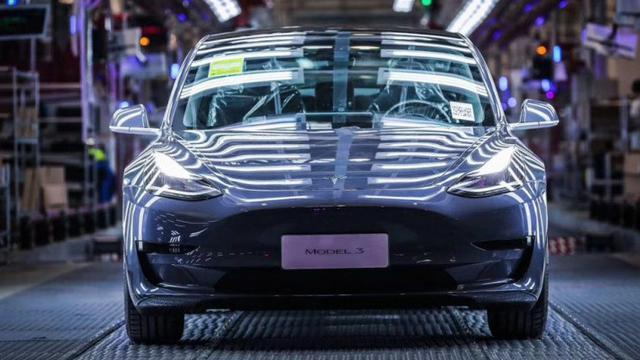 Tesla Model 3 jadi tulang punggung penjualan di Tiongkok