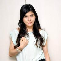 Wina Natalia merupakan perempuan kelahiran Pasuruan, 14 Desember 1988. Foto diambil pada 15 Januari 2015. (Liputan6.com/Panji Diksana)
