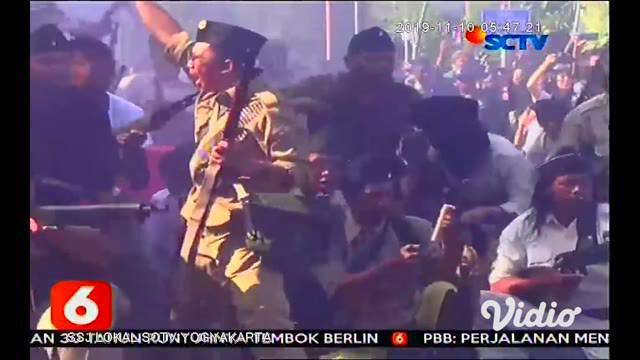 Pidato Bung Tomo, membakar semangat segenap arek Surabaya untuk mempertahankan kemerdekaan, mengawali aksi teatrikal pertempuran heroik 10 November yang diselenggarakan dalam rangkaian, acara parade Surabaya Juang 2019.