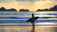 Pantai Pulau Merah menjadi lokasi International Surfing Competition.