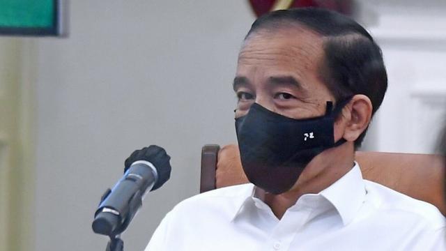 Cegah Disinformasi Vaksin COVID-19, Jokowi Minta Strategi Komunikasi Publik Disiapkan