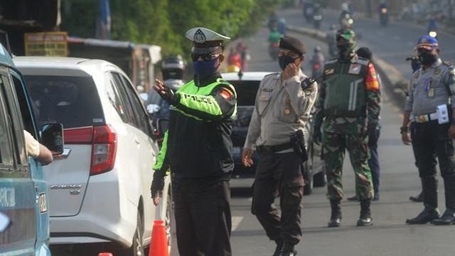 028389000 1590544821 foto ktp disebar petugas check point di medsos ketua kpu sumbar laporkan asn padang