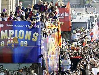 Selebrasi Barcelona (© AFP 2009)