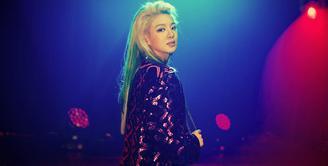 Belakangan ini SNSD memang jarang tampil di dunia musik. Akan tetapi para personelnya tetap mempunyai jadwal yang padat, salah satunya adalah Hyoyeon. (Foto: instagram.com/watasiwahyo)