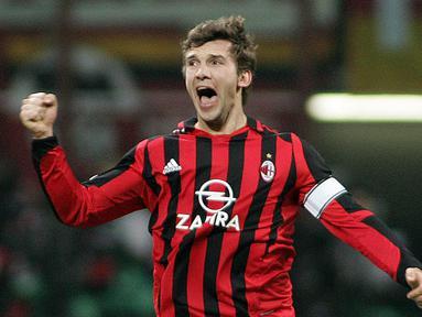 Shevchenko bergabung dengan AC Milan pada 1999 hingga 2006. Ia menjadi salah satu striker terbaik yang pernah dipunya Rossoneri. (AFP/Paco Serinelli)