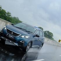 Perawatan mobil pasca hujan (Ist)