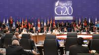 Presiden Joko Widodo saat menghadiri pembukaan G20 Antalya Summit di Antalya Turki, Minggu,(15/11). Indonesia merupakan satu-satunya negara ASEAN yang menjadi anggota G20. (Setpres)