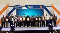 Tiga bandara di bawah naungan Angkasa Pura (AP) II meraih penghargaan Bandar Udara Sehat 2018. (Pramita/Liputan6.com)