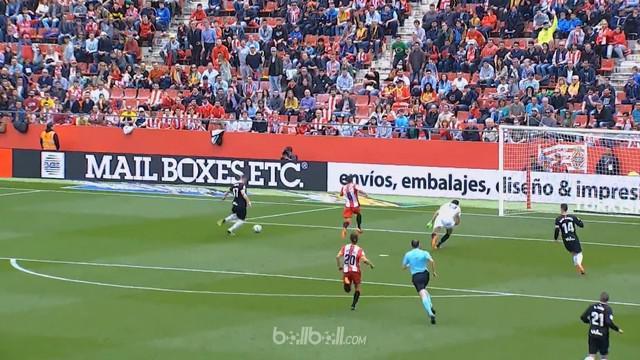 Eibar kembali ke jalur kemenangan dengan mengatasi tuan rumah Girona 1-4, Sabtu (5/5). Kike Garcia mencetak dua gol di babak perta...