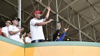 Menteri Pendidikan dan Kebudayaan Republik Indonesia, Muhadjir Effendy, Memberikan Pidato pada Acara Pawai Obor Asian Para Games 2018 di Lapangan Benteng, Kota Medan pada Minggu, 23 September 2018. (Foto: Kemendibud RI)