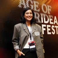 Dian Sastrowardoyo menjadi produser film Guru-Guru Gokil (Kapanlagi.com)
