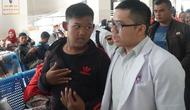 Arya Permana (13), pasien obesitas asal Karawang, Jawa Barat, mendatangi Rumah Sakit Hasan Sadikin (RSHS) Bandung, Rabu (17/7/2019).  (Liputan6.com/Huyogo Simbolon)