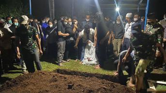 Jenazah Pilot Rimbun Air Dimakamkan di Taman Makam AURI Bogor