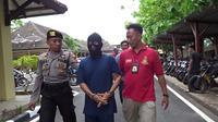 Polisi Mapolres Rembang akhirnya berhasil menangkap pelaku pembakaran dua warga Rembang yang sempat menjadi misteri. (Liputan6.com/ Ahmad Adirin)