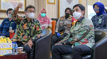 Menteri Kesehatan RI Budi Gunadi Sadikin dan Wakil Menteri Kesehatan Dante Saksono Harbuwono