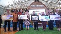 PT Bank Rakyat Indonesia (Persero) Tbk meluncurkan Kartu Kredit (Co Branding) Wonderful Indonesia di Candi Borobudur, Magelang, Jawa Tengah. (Liputan6.com/Ilyas)