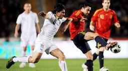 Xavi menjadi pilar penting Spanyol berkat visi permainannya yang luar biasa. Kemampuannya dalam mengontrol permainan membuatnya mendapat julukan The Puppet Master alias sang Pengendali Boneka. (AFP/Javier Soriano)