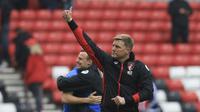 Manajer Bournemouth Eddie Howe merasa bertanggung jawab atas kekalahan timnya dari Arsenal pada Sabtu (9/9/2017). (FP / LINDSEY PARNABY)