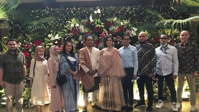 Sah, Ini 5 Momen Pernikahan Arie Kriting dan Indah Permatasari