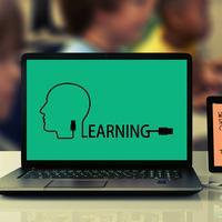 Ilustrasi e-learning, belajar online, belajar daring. Kredit: Geralt via Pixabay