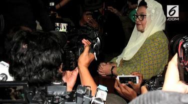 Majelis Hakim Tindak Pidana Korupsi (Tipikor) Pengadilan Negeri Jakarta Pusat memvonis mantan Menkes, Siti Fadilah Supari 4 tahun penjara.