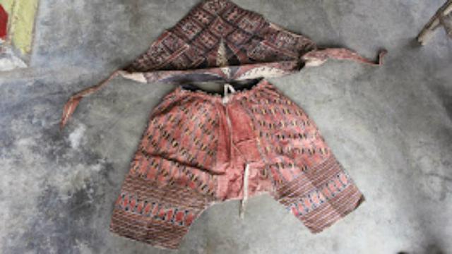 baju kulit kayu dari pohon beringin mulai dilirik wisatawan