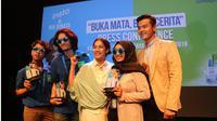 Insto dan Nia Dinata mempersembahkan film Buka Mata, Buka Cerita yang dibuat oleh Snapchat Spectacles. Seperti apa?