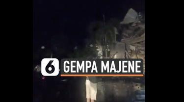 Gempa susulan magnitudo 6,2 di Majene Jumat (15/1) dini hari hancurkan sejumlah bangunan. Termasuk kantor Gubernur Sulawesi Barat.
