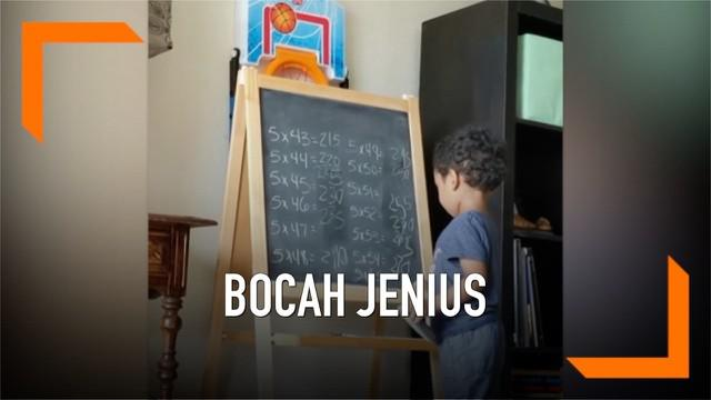 Seorang bocah berusia 3 tahun memahami matematika dengan cukup baik. Kemampuannya tersebut muncul sejak usia 2 tahun dan hingga kini ia terus berlatih.