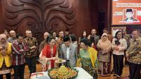 Habibie mendapatkan kado berupa pembukaan Habibie Institute for Public Policy and Governance (HIPPG) yang berkolaborasi dengan The Habibie Center dan Fakultas Ilmu Administrasi Universitas Indonesia (FA UI).