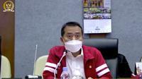 Syaiful Huda memakai jakrt Atlet Indonesia di Paralimpiade 2020