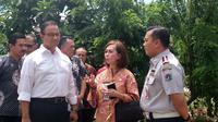 Gubernur DKI Anies Baswedan mengunjungi Taman Tebet Honda Jakarta. (Liputan6.com/Ika Defianti)