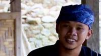 Selama 3 tahun sudah Mulyono mendirikan kelompok belajar bagi anak-anak di sekitar tempat tinggalnya.