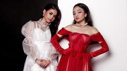 Seiring namanya makin populer, Putri dan Aulia memiliki banyak penggemar. Dalam media sosial Instagramnya, keduanya memiliki lebih dari dua juta pengikut. Selain itu keduanya pun sudah memiliki single lagu masing-masing.(Liputan6.com/IG/@da4_putri03)