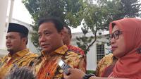 Ketua Bawaslu RI Abhan bertemu Presiden Jokowi di Istana (Merdeka/Intan Umbari Prihatin)