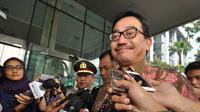 Menteri Agraria dan Tata Ruang Ferry Mursyidan Baldan menyambangi Gedung KPK, Jakarta, Jumat (14/11/2014). (Liputan6.com/Miftahul Hayat)