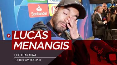 Berita video momen Lucas Moura menangis setelah menonton cuplikan laga semifinal Liga Champions 2018-2019, Ajax Vs Tottenham Hotspur, dengan komentator dari Brasil.