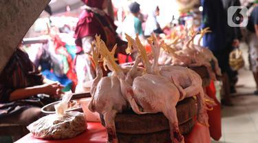 FOTO: Awal Ramadan, Harga Daging Ayam Potong Alami Kenaikan