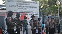 Ilustrasi – Pengamanan di Dermaga Wijapura, pelabuhan khusus penyeberangan menuju Pulau Nusakambangan. (Foto: Liputan6.com/Muhamad Ridlo)