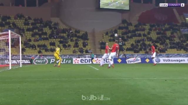 Tuan rumah Monaco kalah oleh Lyon saat laga babak 32 besar Piala Prancis. Monaco membuka skor melalui gol sundulan Stevan Jovetic ...