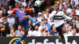 Musim lalu Aaron Wan-Bissaka tampil memikat bersama Crystal Palace sebagai bek kanan. (Photo by Glyn KIRK / AFP)